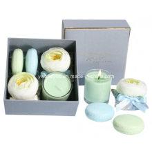 Пакетики с макарон мыла и комплект подарка свечки