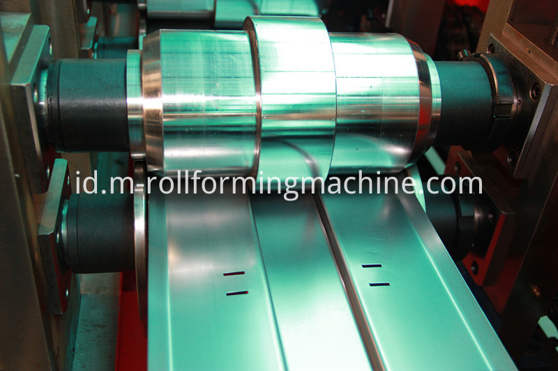 rolling door machine