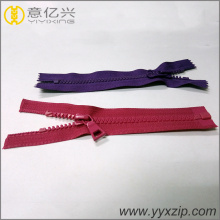 Buka End Plastic Molded Zipper dengan Dynamic Teeth