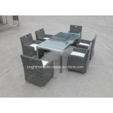 Mobiliário Outdoor Rattan / Wick cadeira e mesa