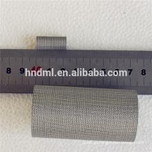 150 micras. Cinco capas de malla de filtro de alambre tejido de fieltro sinterizado sinterizado.