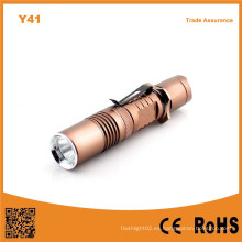 Y41 Xml T6 LED de aluminio recargable linterna