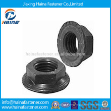 Grade 8.8 Carbon Steel Black Serrated Flange Nut Made In China