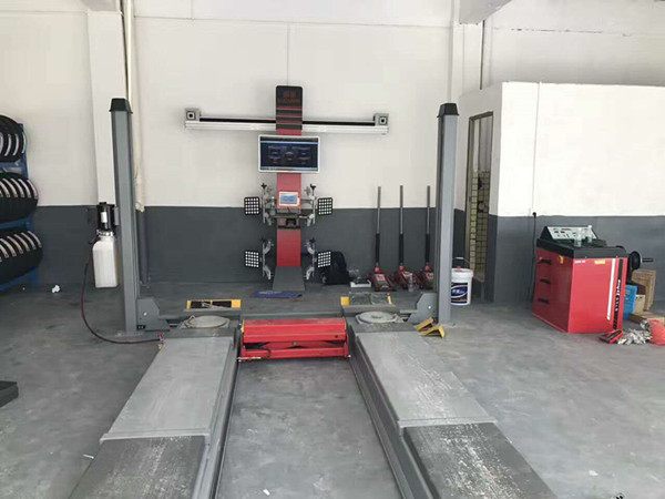 Wheel Alignment Testing System