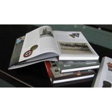 Revista de diseño personalizado e impresión de catálogo