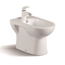 065c Popular Bathroom Ceramic Bidet