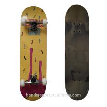 Skateboards à double kick bon marché avec roulements abec7 et pu