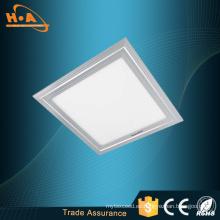 El techo empotrado del panel enciende la iluminación del techo de la cocina del LED
