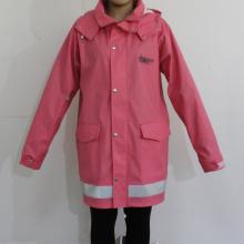 Impermeable con capucha de color rosa oscuro impermeable PU