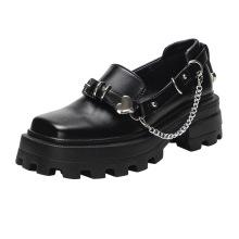 2021 Britische Stiefel mit eckigen Zehen in Silberkette