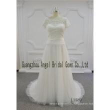 2017 короткие бисероплетение рукавом кружева атласная ремень свадебное платье