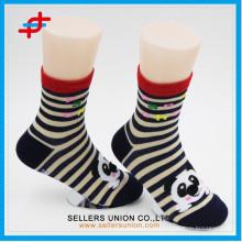 2015 Kinder Gummi Sohle Baumwolle Tube Cartoon Socken