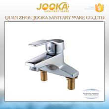 Палуба установила 2 отверстия ванной кран смеситель для раковины краны