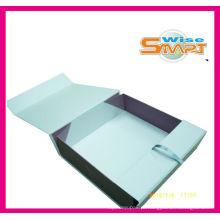 Caixa de empacotamento da roupa dobrável branca do fato do papel do punho plástico