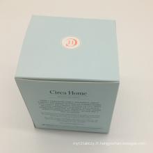 Boîte cadeau en papier couleur