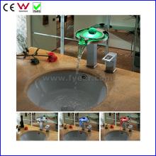 Chine Robinet de robinet de bassin de la mode LED de cascade de la couleur 3 (FD15063F)