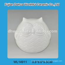 Decoración de cerámica blanca del buho del diseño excelente para la decoración casera 2016
