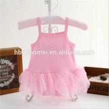 Alixpress Amazonas heißer Verkauf Babyspielanzug rosa Farbdreieck Spitze petti Spielanzug für Säuglingsmädchen