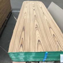 Le fabricant vend une variété de placages de bois décoratifs