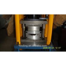Hydraulic decoiler door guide roll former