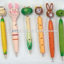 pluma de dibujos animados de madera de diferentes modelos utilizada para la promoción