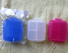 Plastic Pillbox With 3 Case In Oblong Shape
