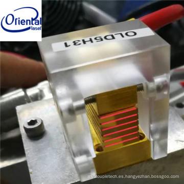Paquete de enfriador de microcanal orientable láser (MCCP) 600w Barra de diodo láser y pilas para uso de depilación