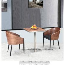 Table et chaise en bois massif de première qualité pour la maison