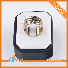 Fashion Gold Plate Zinc Alloy Ring Design Wholesale