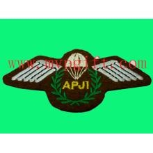Chemin de broderie à usage militaire (m-EP09)