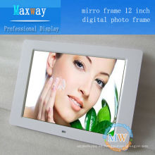 Ajuste el tiempo de encendido / apagado y el sensor de movimiento Marco de fotos digital de 12 pulgadas para publicidad