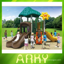 2015 New Design Simple Kids Plastic Sliding Outdoor Playground
