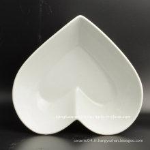 Assiette à dessert en céramique en forme de coeur