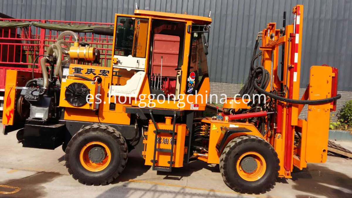 Highway Vibrating Pile Driving Machine