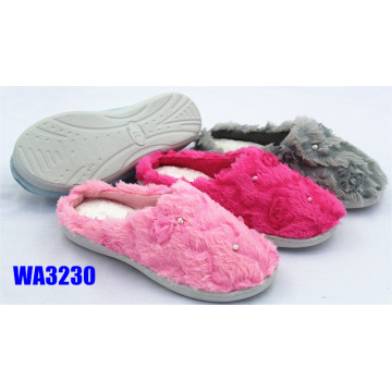 Women's Winter Diamond Embroidery Plush Outdoor Slippers