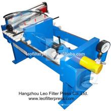 Laboratoire de presse de Leo filtrant la petite presse de filtre de plat