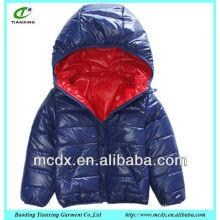 los niños acolchados de la alta calidad reversible unsex abajo chaqueta