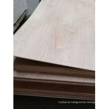 5.0mm Meranti Plywood Combinado Núcleo BB / CC Grado E1 Cola