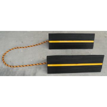 Vollgummi-Radkeile 456 * 158 * 134 mm mit Streifen und Schnur
