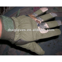 Luvas quentes do soldado militar da venda
