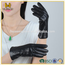 Black Leather Touchgloves Women Leather Gloves for Smartphone BSCI Certificated Professional Leather Gloves Factory from China