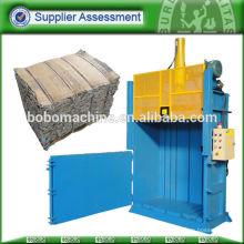 Elevación de la puerta de embalaje de cartón prensado máquina