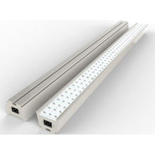 Plafonnier linéaire à LED