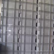 Stapelbarer Plastikbehälter in Grau & Blau für die Logistikindustrie