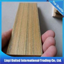 Jamba de puerta de madera de teca moldeada
