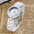 Trendy Top Class Diamant Clouté Mouvement Cisaillement Perle Cadran Saphir Cristal Céramique Lady Montres