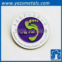 Hochwertige runde Abzeichen für Schüler mit Schulname