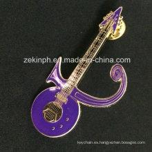 El diseño más nuevo modificado para requisitos particulares guitarra en forma de insignia de metal