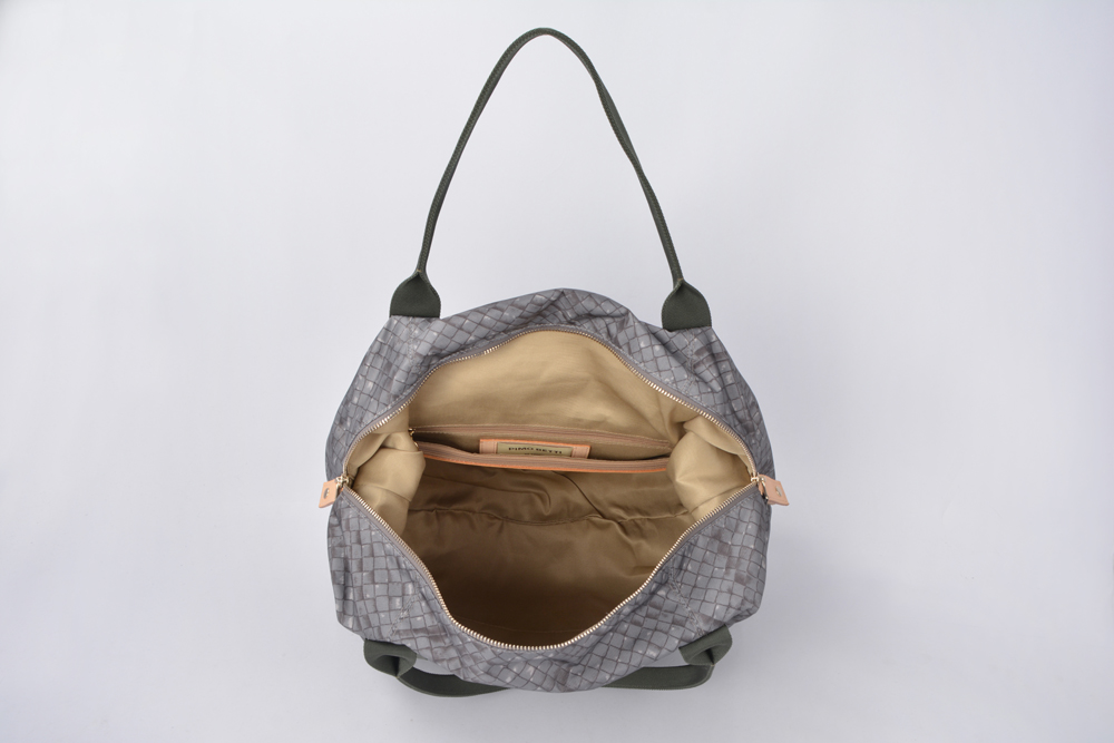 New arrival luxury style nylon travel duffle bag