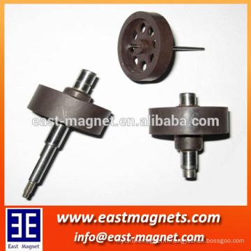 Imprimante en ferrite à injection injectée fabriquée en chaîne / largement utilisée dans les moteurs magnétiques permanents DC et le moteur à pas / fournisseur chinois